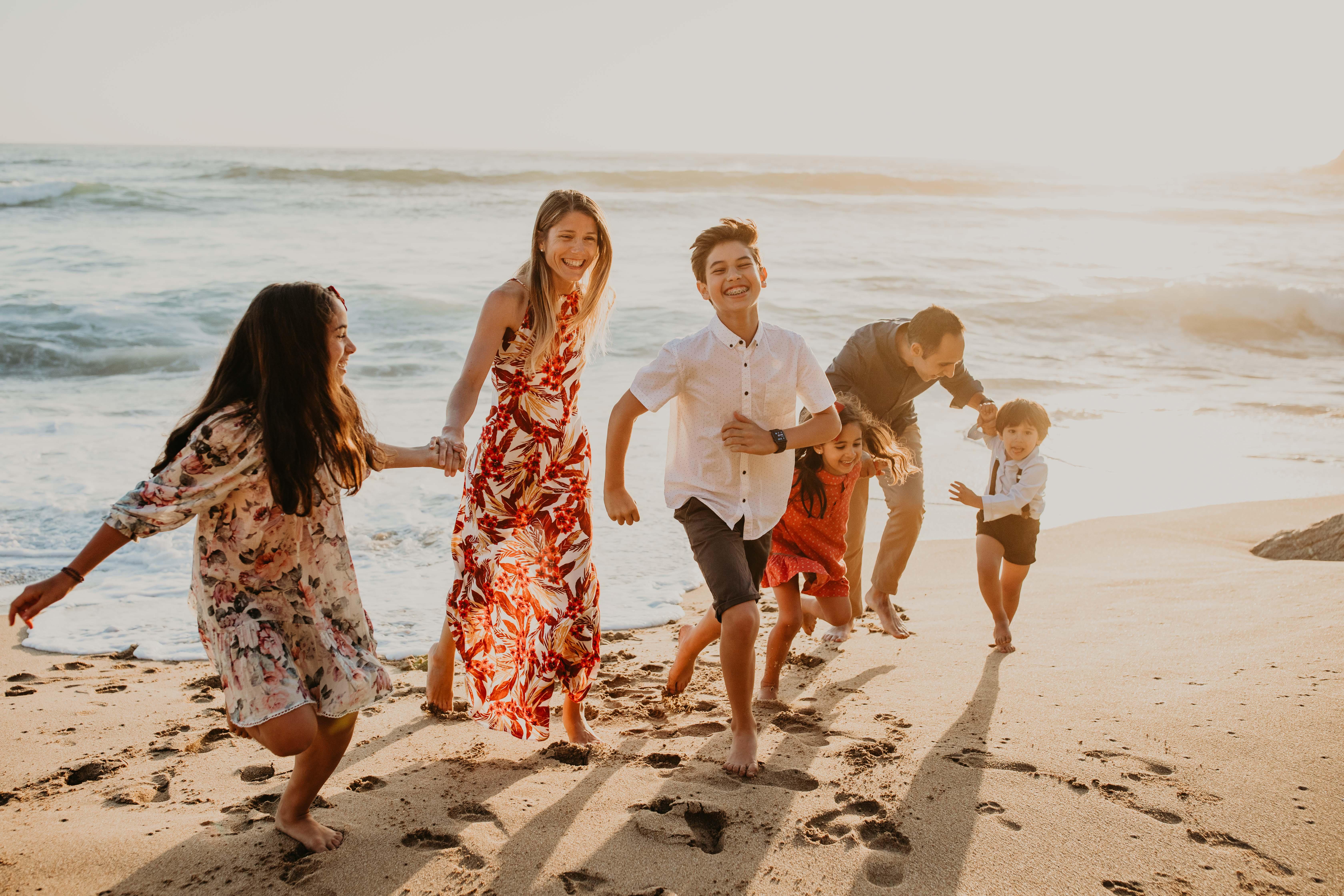 fun-family-beach-session
