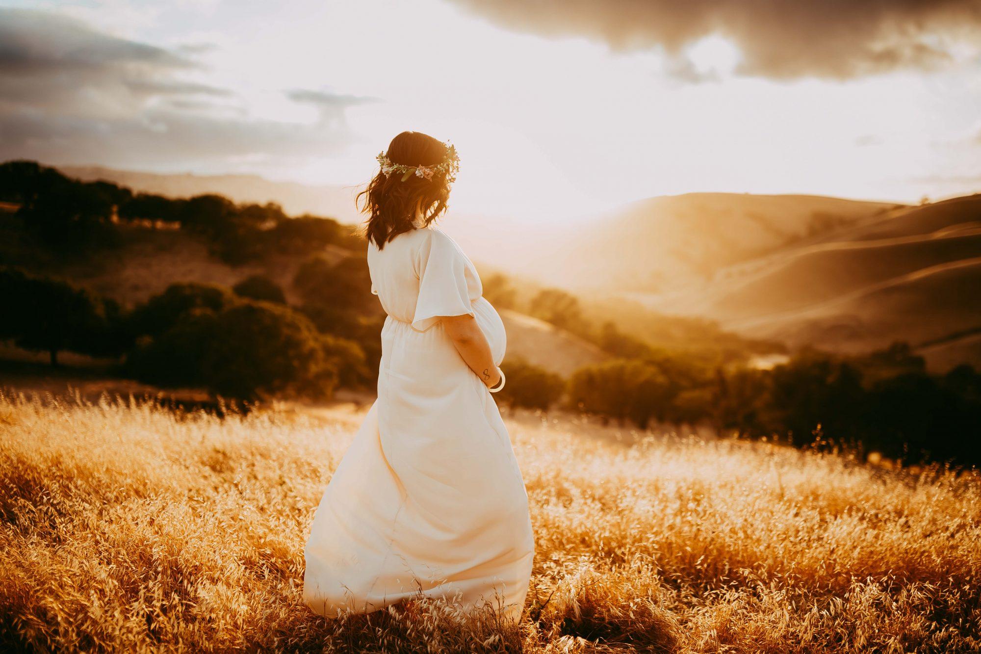 sunset-maternity-photography